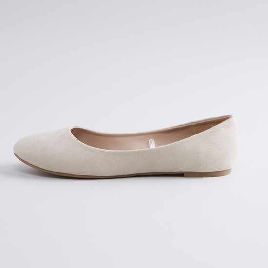 حذاء باليرينا سادة مع وسادة قدم كاروهات