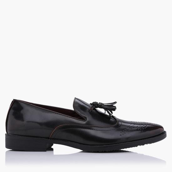 Tassel Slip-On Brogue Shoes