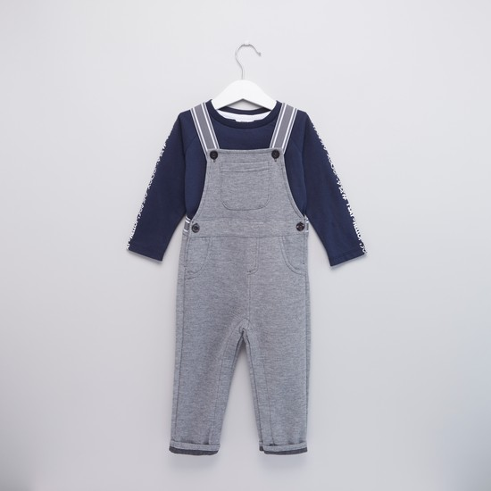 Printed Long Sleeves T-shirt with Textured Dungarees