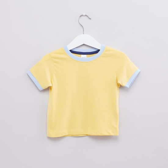 Round Neck T-Shirt and Dungarees