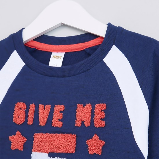 Applique Detail Round Neck Long Sleeves Sweat Top