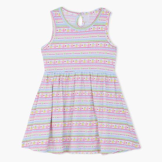 فستان بطبعات بدون أكمام