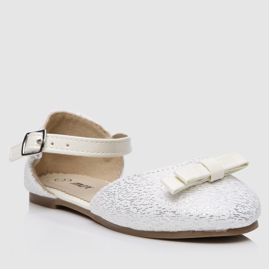 Bow Applique Sandals with Buckle
