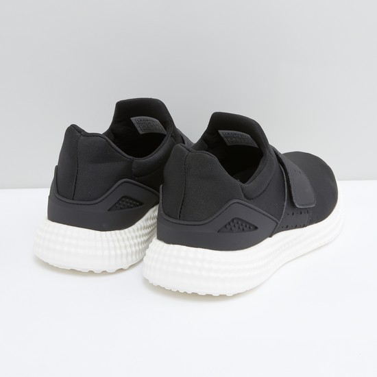 Vamp Band Sports Shoes