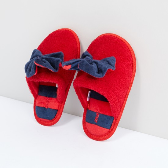 Plush Bedroom Slip-On Slipper with Bow Detail