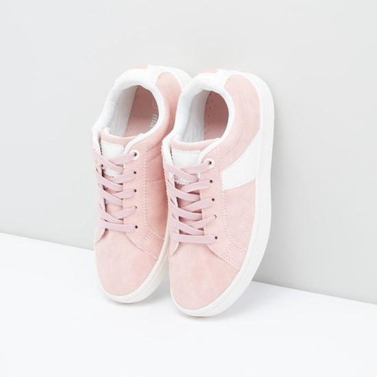 Stitch Detail Lace-Up Shoes