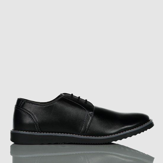Derby Shoes with Lace Up Closure