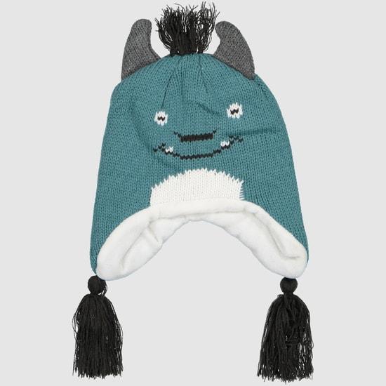 قبعة بشكل وجه ظريف مع شُرّابات