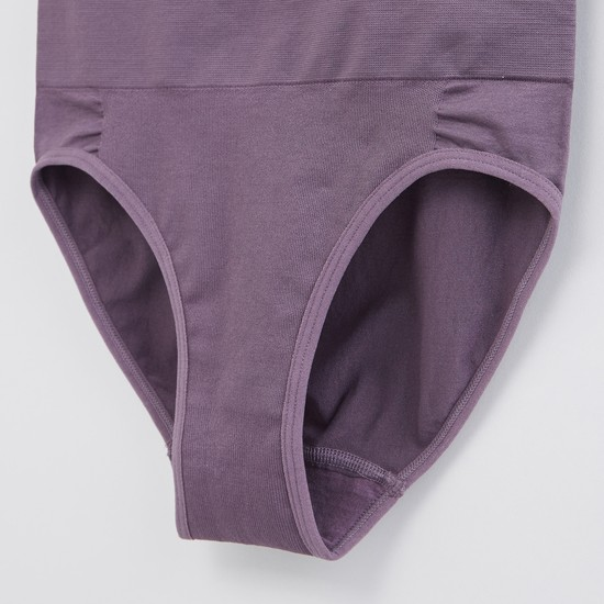 Textured Seamless Shaping Briefs with Elasticised Waistband