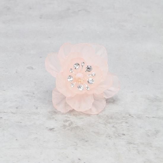 خاتم مزيّن بالأزهار