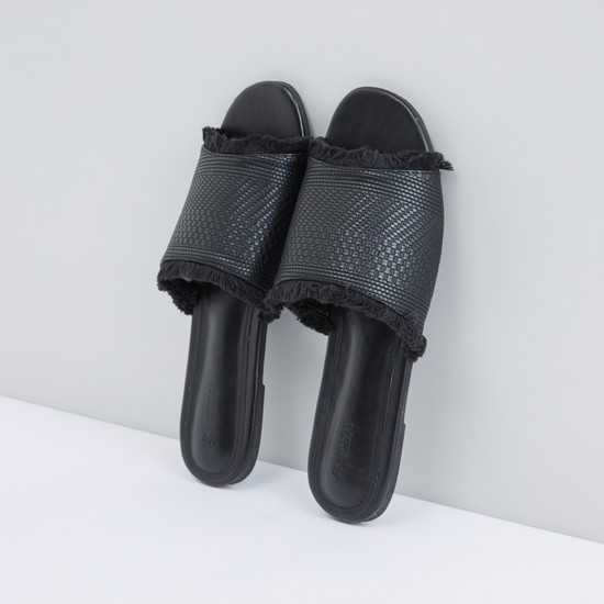 Textured Slides with Fringe Detail