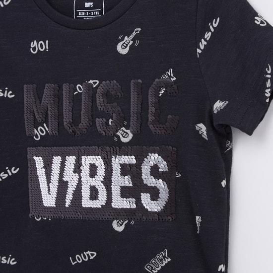 Embellished T-shirt with Shorts Set
