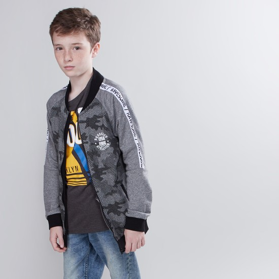 Camouflage Print Jacket with Long Sleeves and Zip Closure