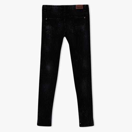 بنطال جينز طويل بارز الملمس