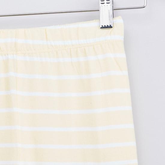 Printed Short Sleeves T-shirt and Striped Pyjama Set