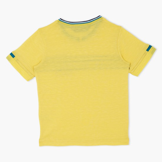 Printed Short Sleeves T-Shirt with Chest Applique