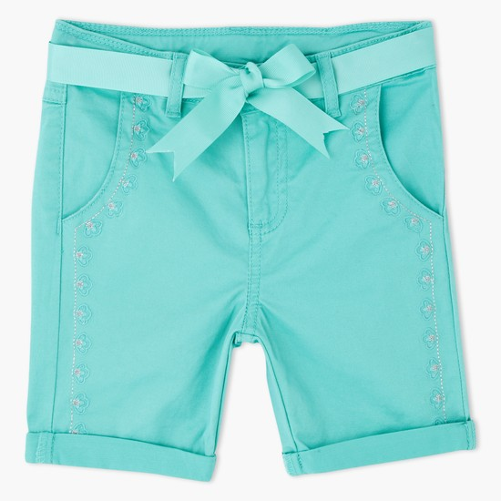 Shorts with Tie Up Belt
