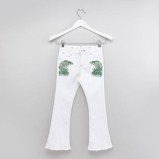 بنطال جينز طويل مزيّن بجيوب