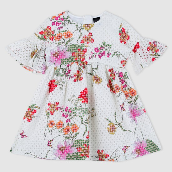 فستان منسوج بنقوش الورود وأكمام عريضة