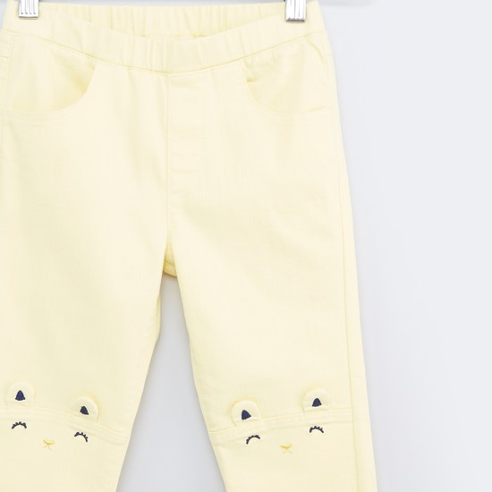 Trousers with 4-Pockets and Applique Detail