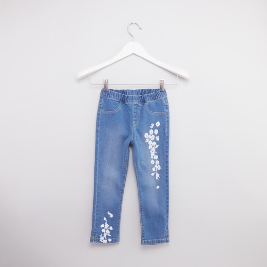 Jeans with Contrast Floral Placement Print