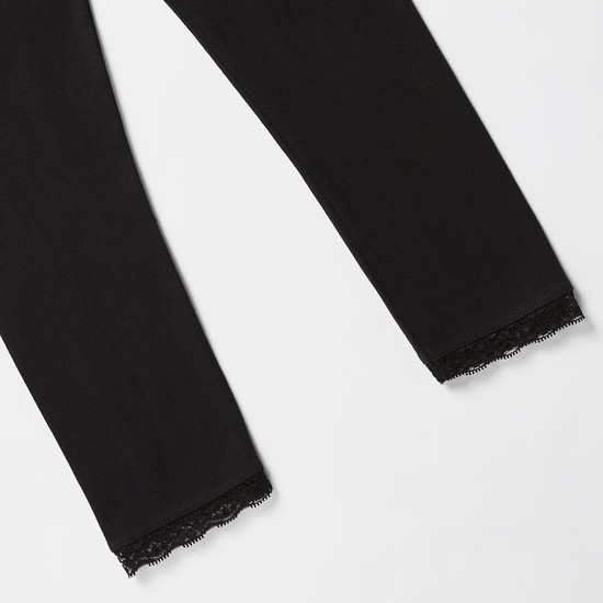 Full Length Leggings with Elasticised Waistband and Lace Detail