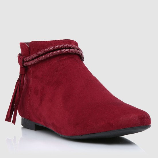 Boots with Zip Closure and Tassels