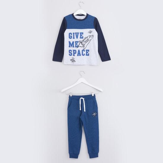 Printed Long Sleeves T-Shirt with Jog Pants