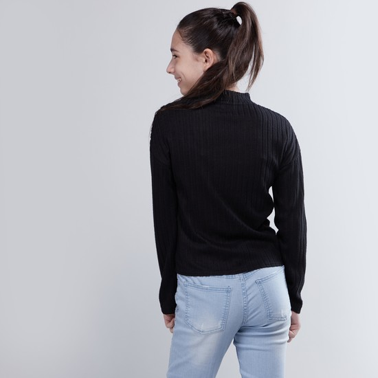 Textured T-shirt with Long Sleeves and Tie Ups