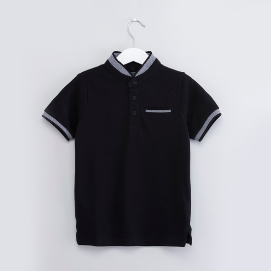 Solid T-shirt with Mandarin Collar and Short Sleeves