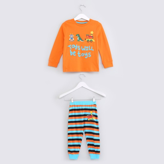 Printed Long Sleeves T-Shirt with Striped Jog Pants