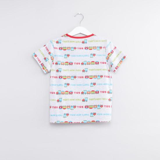 Set of 2 - Printed Round Neck T-shirt and Jog Pants Set