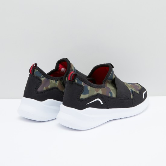 Camouflage Printed Slip-On Sports Shoes