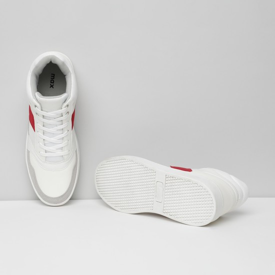 MAX Textured Mid-Top Shoes