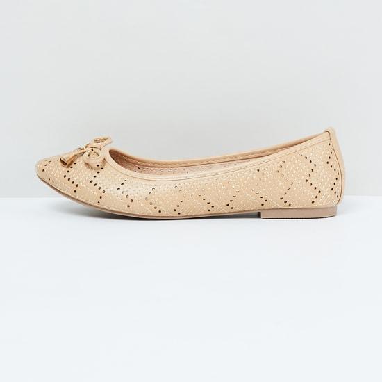 MAX Textured Ballerina Flats