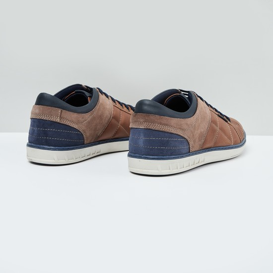 MAX Quilted Detailed Lace-Up Shoes