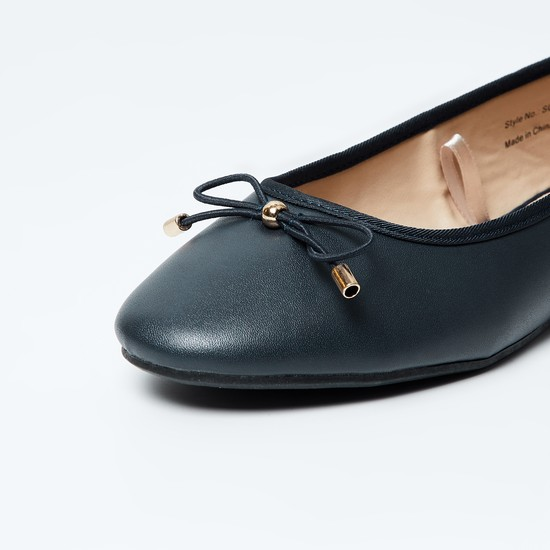 MAX Solid Bow Detailed Ballerinas