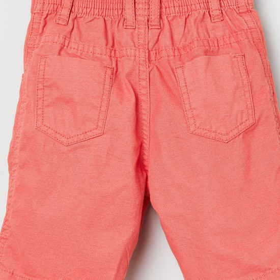 MAX Applique Detailed Shorts