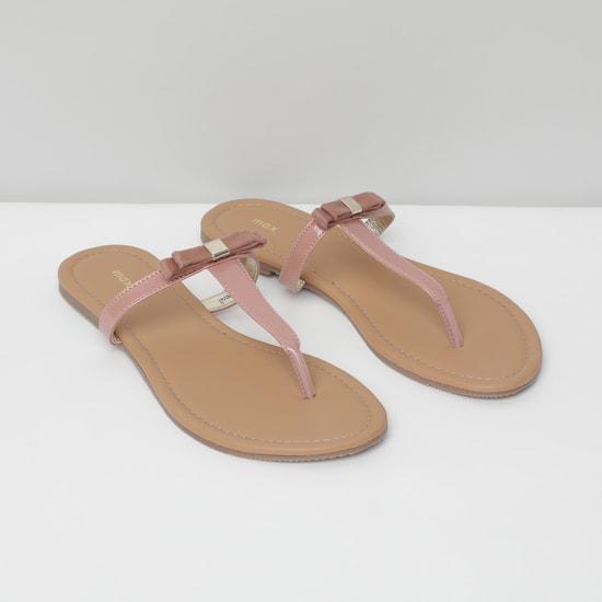 MAX Solid Flat Sandals