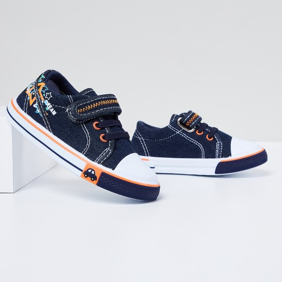MAX Printed Velco Closure Casual Shoes
