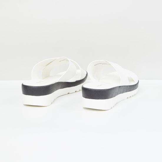 MAX Solid Slip-On Flatforms