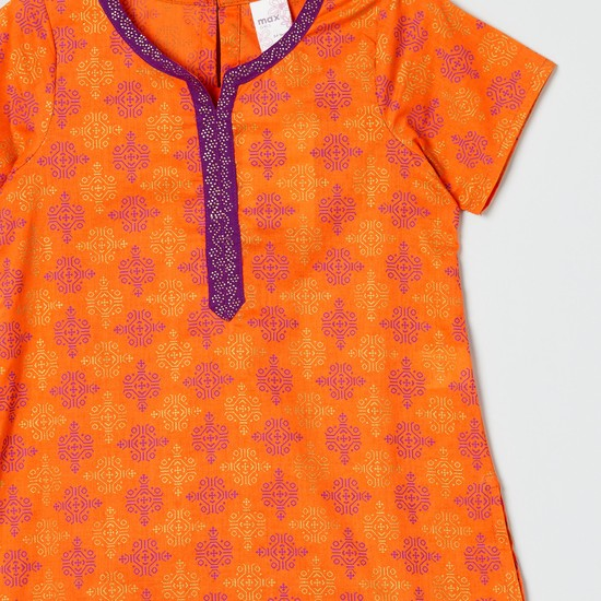 MAX Printed Straight Kurta with Notched Neck