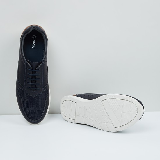 MAX Solid Panelled Lace-Up Casual Shoes