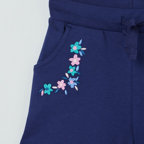 MAX Floral Embroidery Shorts with Scoop Pockets