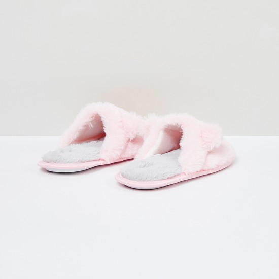 MAX Appliqued Fuzzy Bedroom Slippers