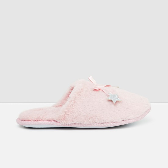 MAX Star Applique Room Slippers