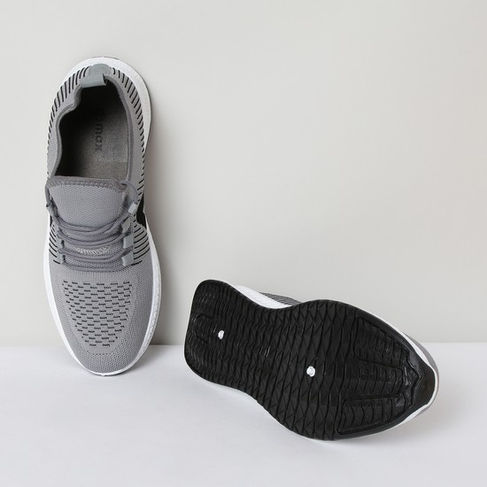 MAX Textured Lace-Up Sports Shoes