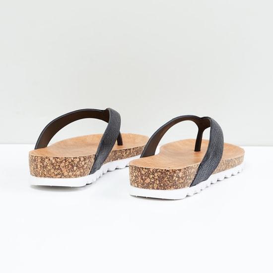 MAX Textured V-strap Flatforms