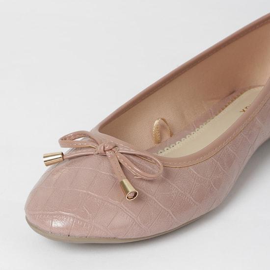 MAX Textured Ballerinas