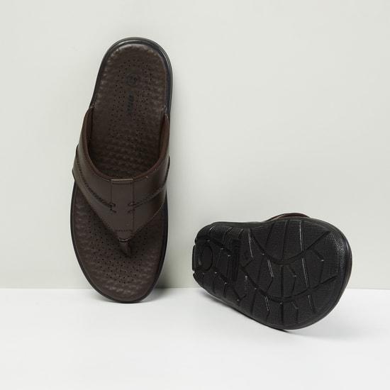 MAX Solid V-strap Slip-Ons